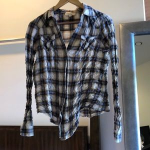 Elizabeth and James plaid button down size small